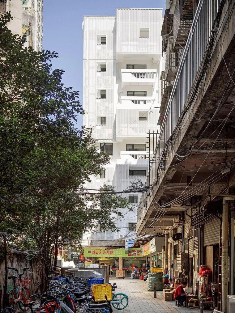 建筑|老旧居民楼改造成时尚公寓_10