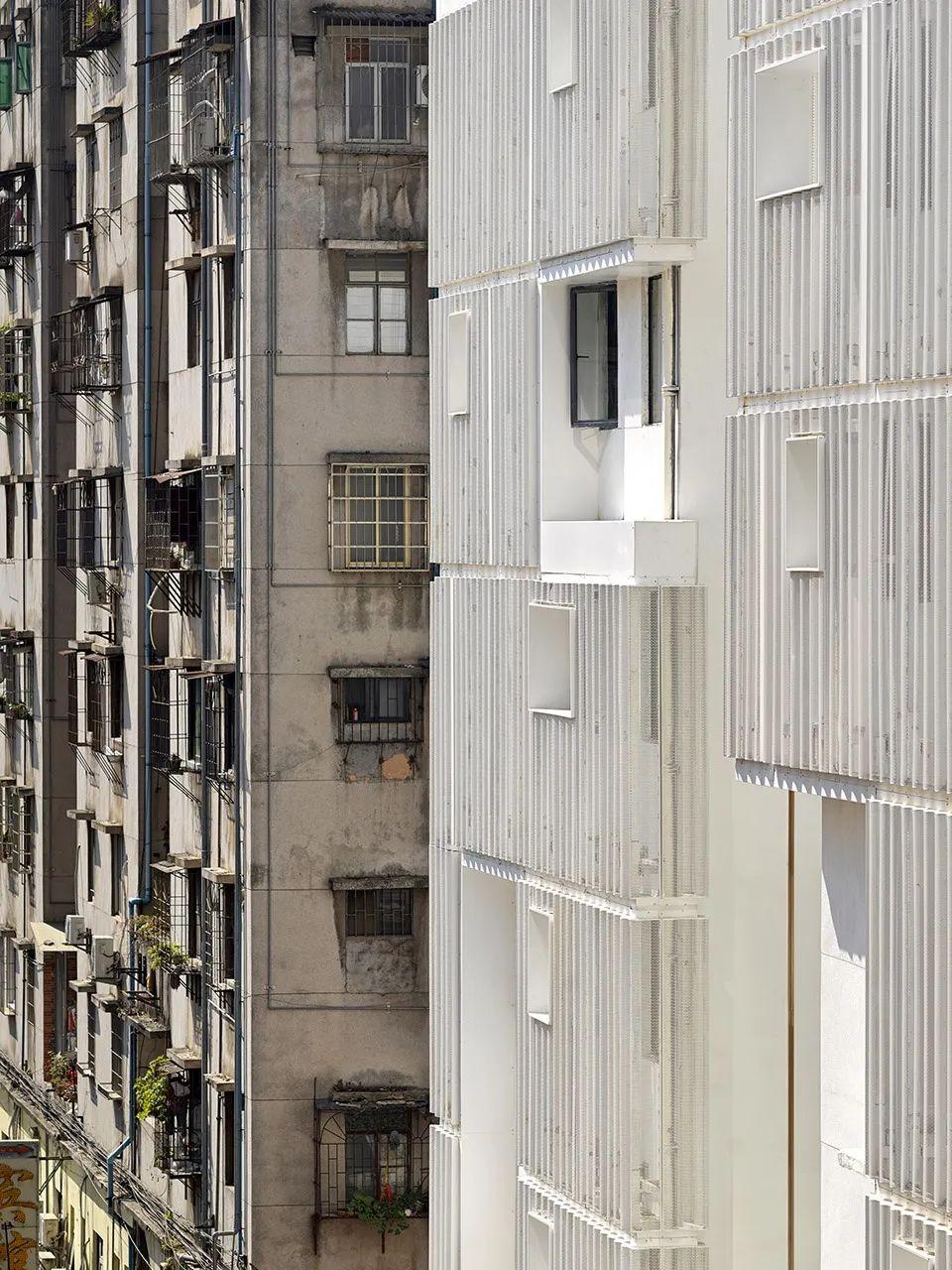 建筑|老旧居民楼改造成时尚公寓_16