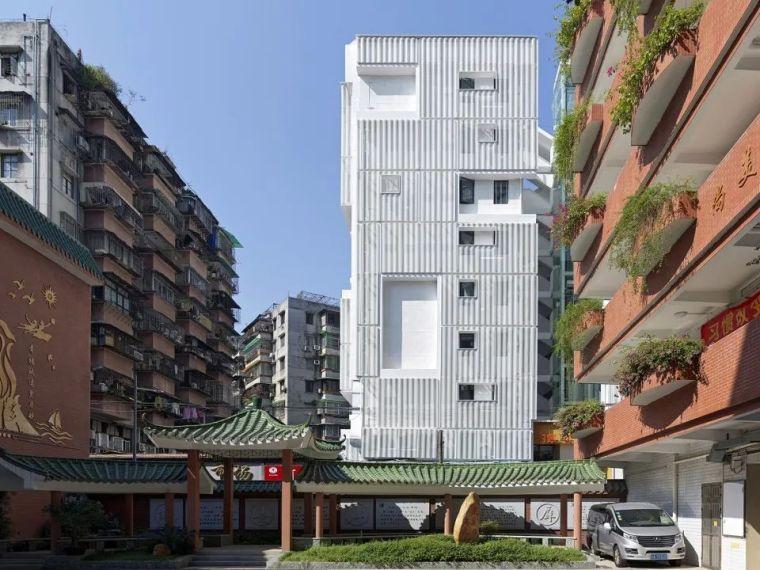 建筑|老旧居民楼改造成时尚公寓_11
