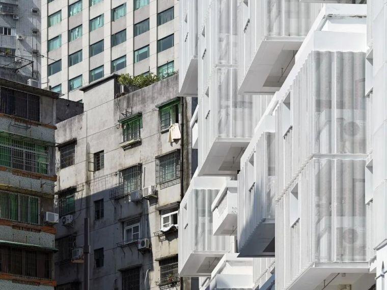 建筑|老旧居民楼改造成时尚公寓_5
