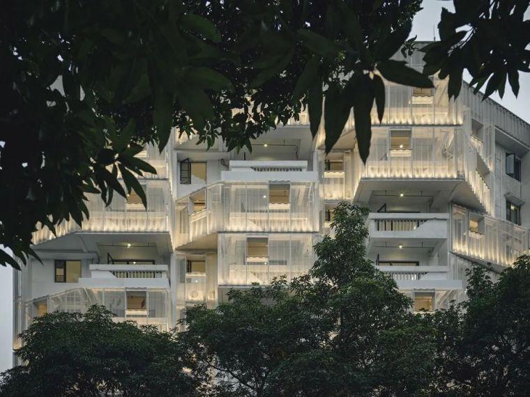 建筑|老旧居民楼改造成时尚公寓_13