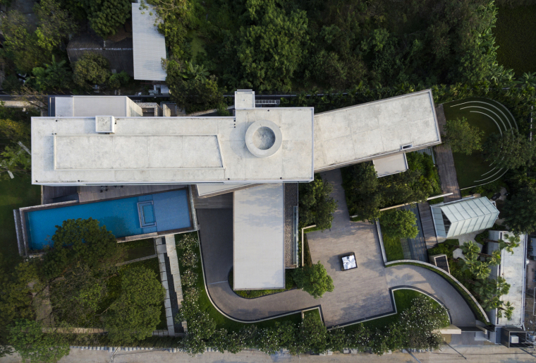 Twisted_House___Architects_49_House_Design_8