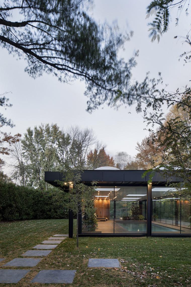 4-pavilion-a-by-maurice-martel-architecte