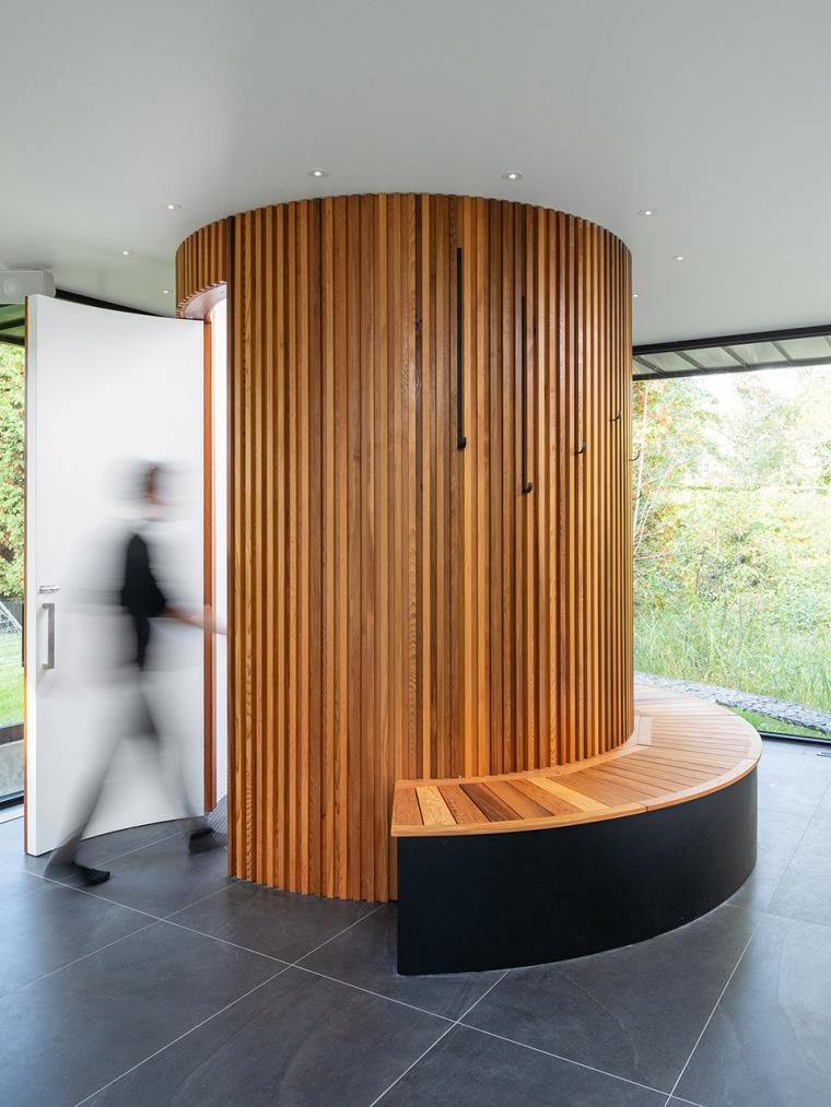 16-pavilion-a-by-maurice-martel-architecte