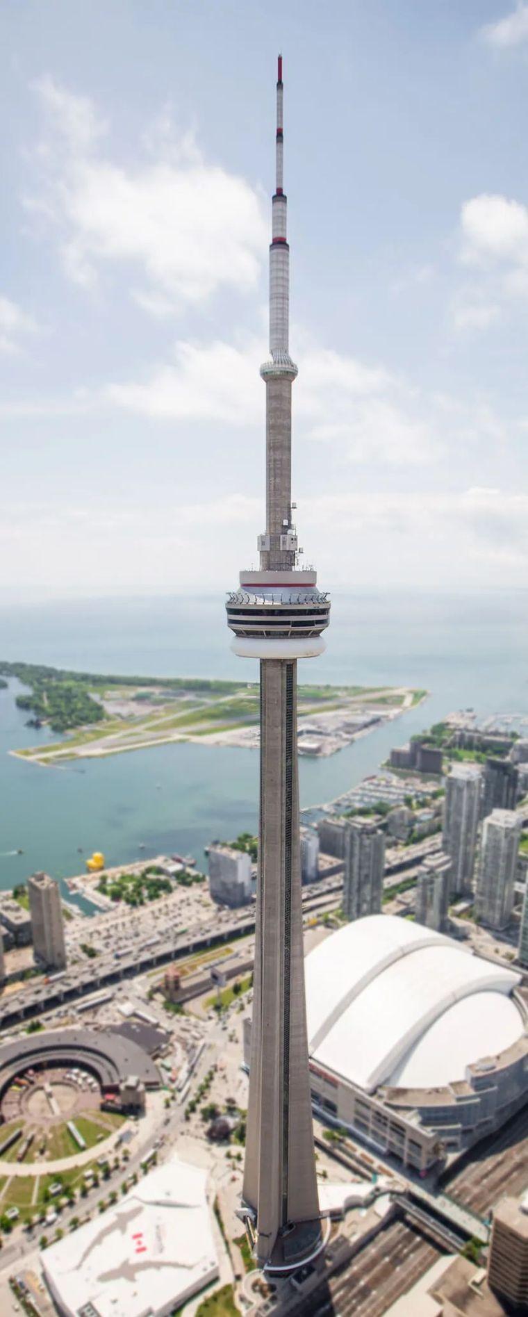 电子监控设备建设工程资料下载-最高独立式建筑—553米CNTower结构详解
