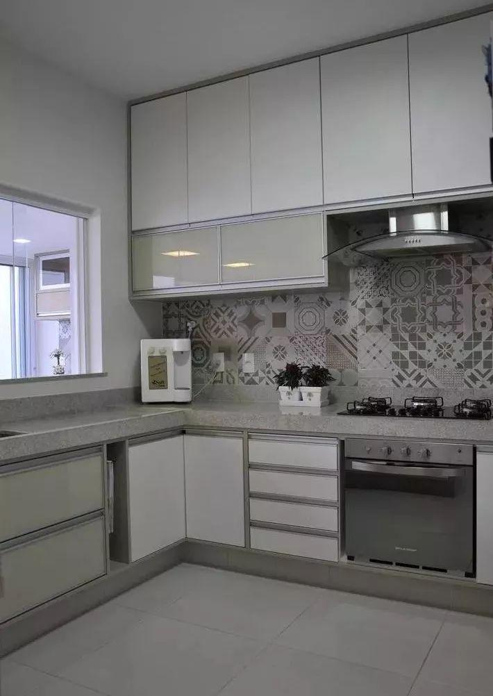 现在厨房瓷砖已经不流行通铺了!_8