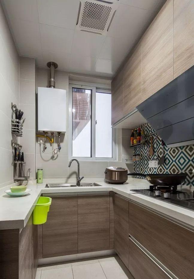 现在厨房瓷砖已经不流行通铺了!_5