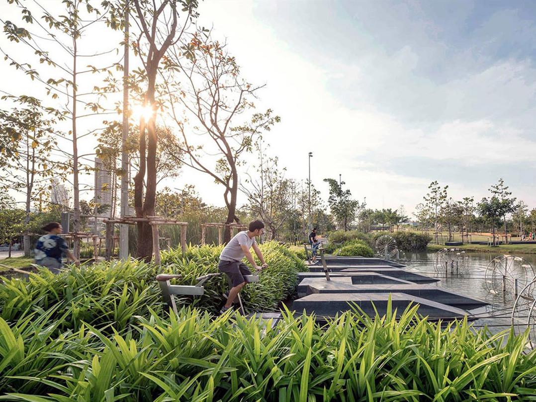 泰国朱拉隆功大学百年纪念公园