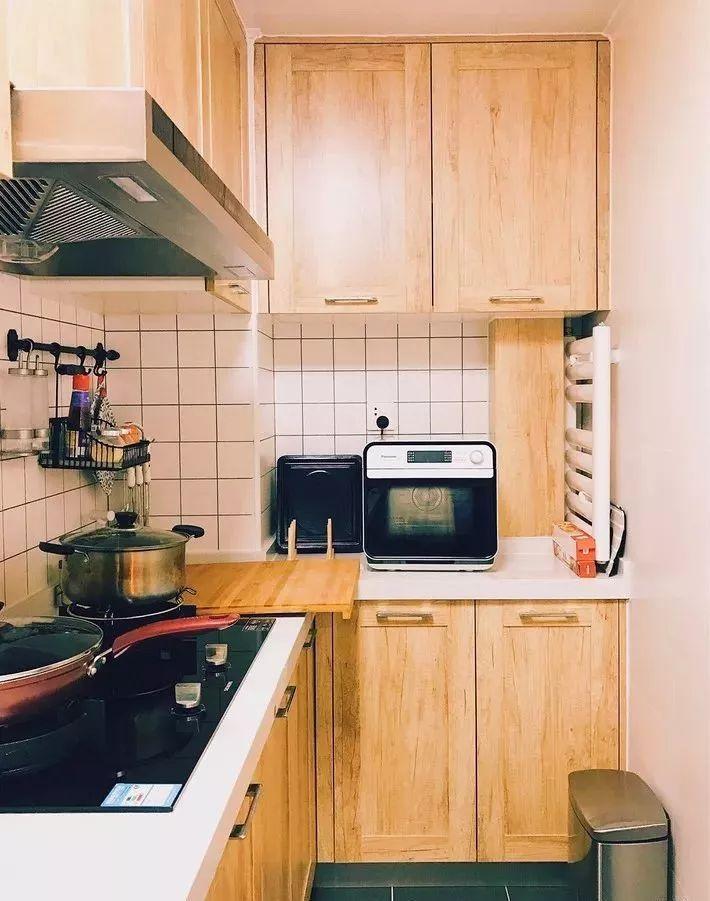 现在厨房瓷砖已经不流行通铺了!_1