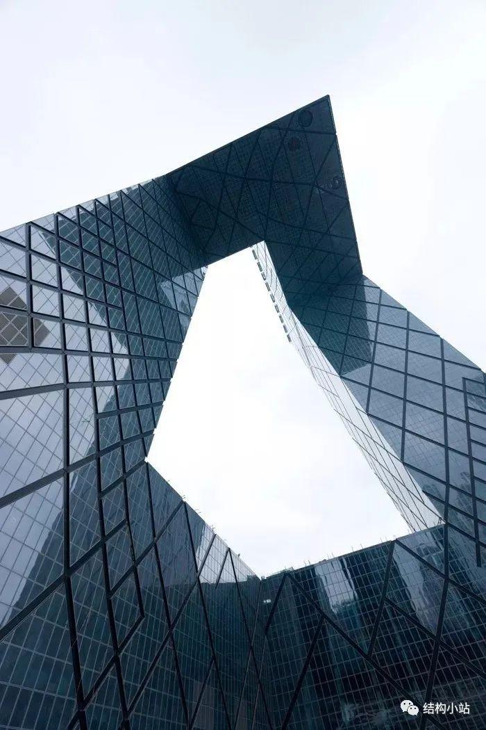 超高层建筑的纽带—连体结构_18