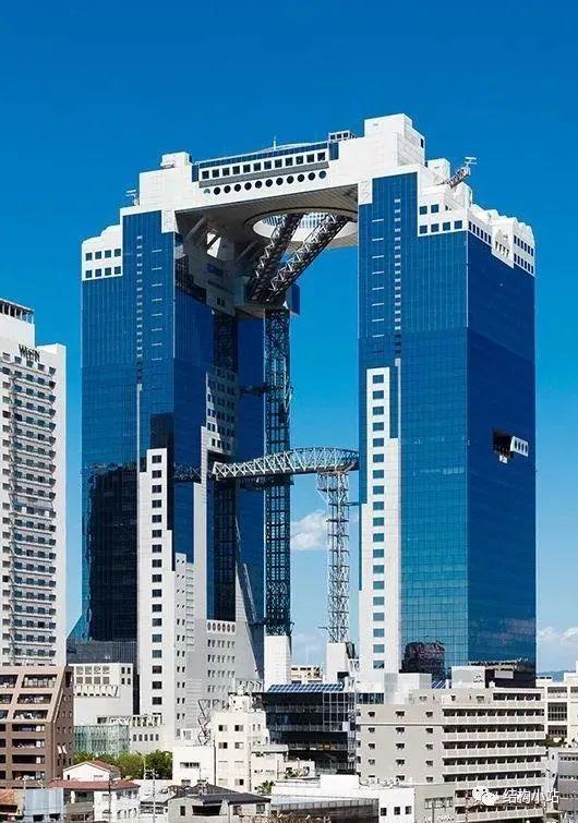 超高层建筑的纽带—连体结构_27