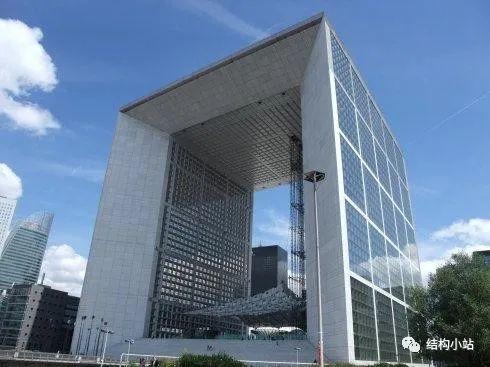 超高层建筑的纽带—连体结构_32