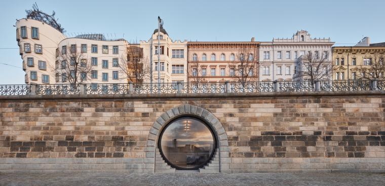 18_Petr_Janda_Brainwork_Prague_riverfront_Rasin_embankment_BoysPlayNice