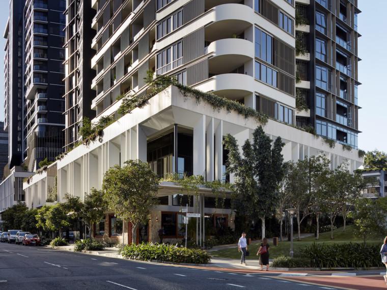 32层商业楼建筑测量工程施工方案