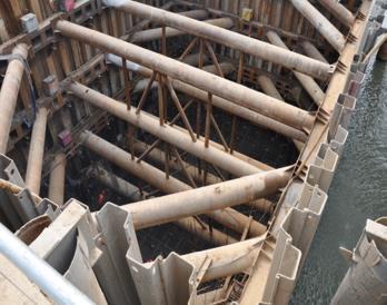 钢板桩围堰内支撑施工照片