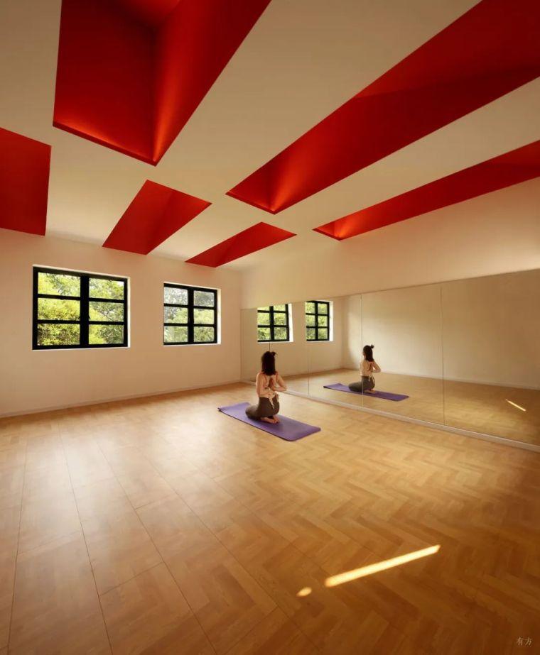 新作|喜提瑜伽馆:色彩再造与构件插入_14