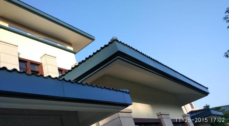 03 坡屋面檐口铝扣板完成后效果