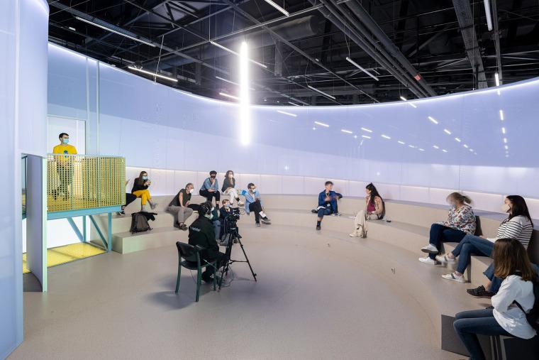 14-installation-beeline-by-so-il-architects
