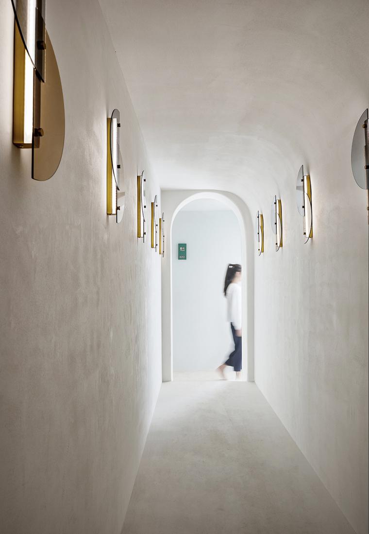 12 楼梯过道