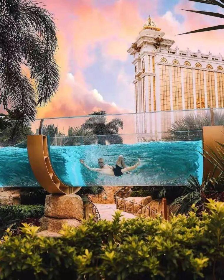 这设计才叫泳池,你那叫澡堂!_2