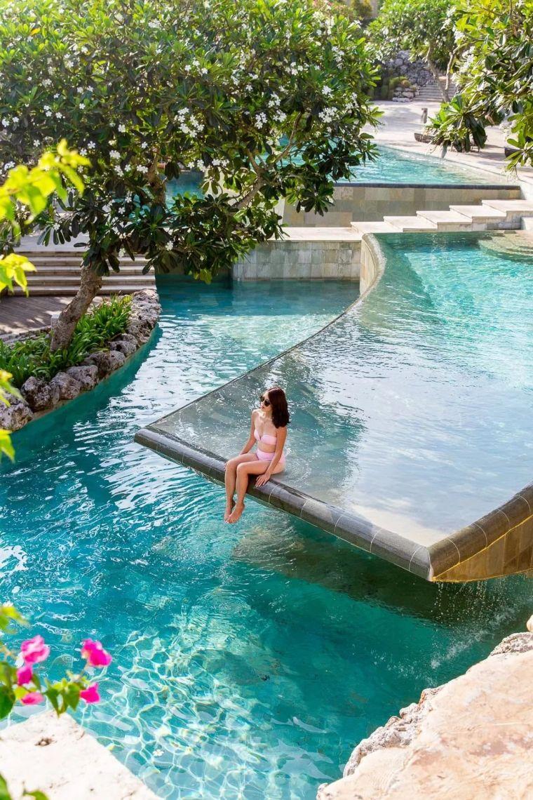 这设计才叫泳池,你那叫澡堂!_49