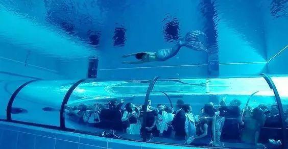 这设计才叫泳池,你那叫澡堂!_11