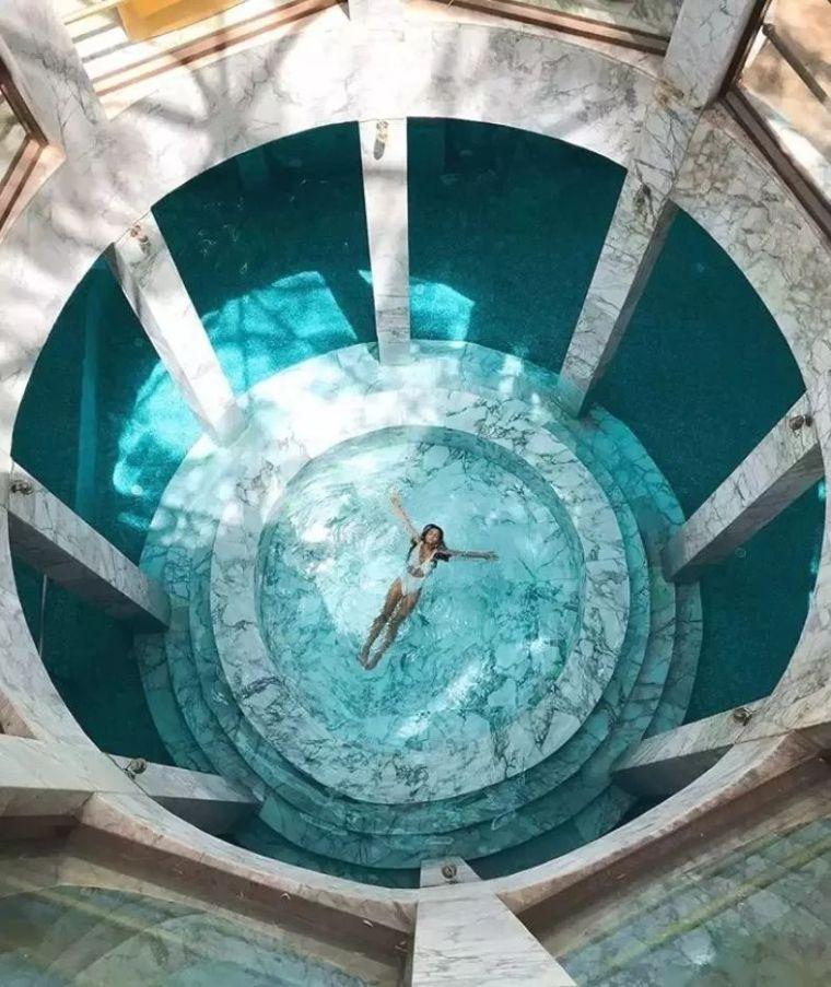 这设计才叫泳池,你那叫澡堂!_12