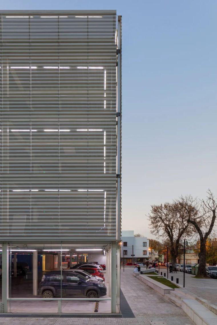 装配式钢结构—停车楼设计_18
