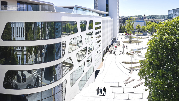 Kaunas-V-Plaza-Urban-Design-Architecture-Corner-Building-0158