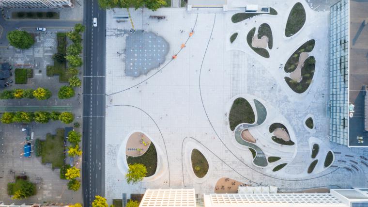Kaunas-V-Plaza-Urban-Design-Architecture-Corner-Building--4