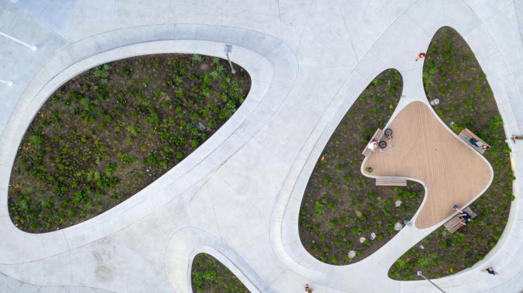 Kaunas-V-Plaza-Urban-Design-Architecture-Corner-Building--5