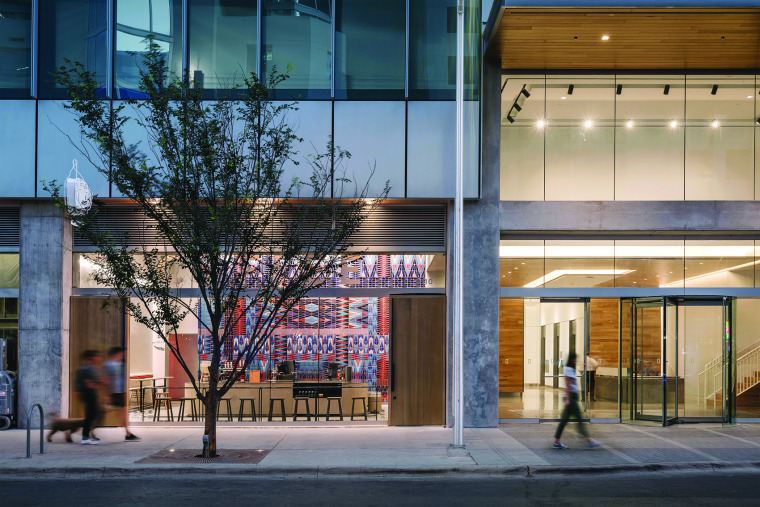 10-Intelligentsia-Coffee-Austion-United-States-by-MAGIC-Architecture