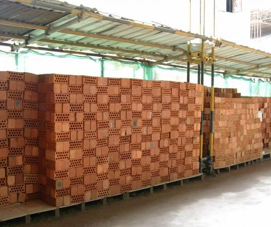 20套建筑工程安全施工组织设计-砌体材料堆放