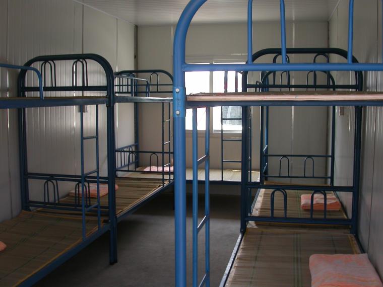 20套建筑工程安全施工组织设计-施工现场工人宿舍