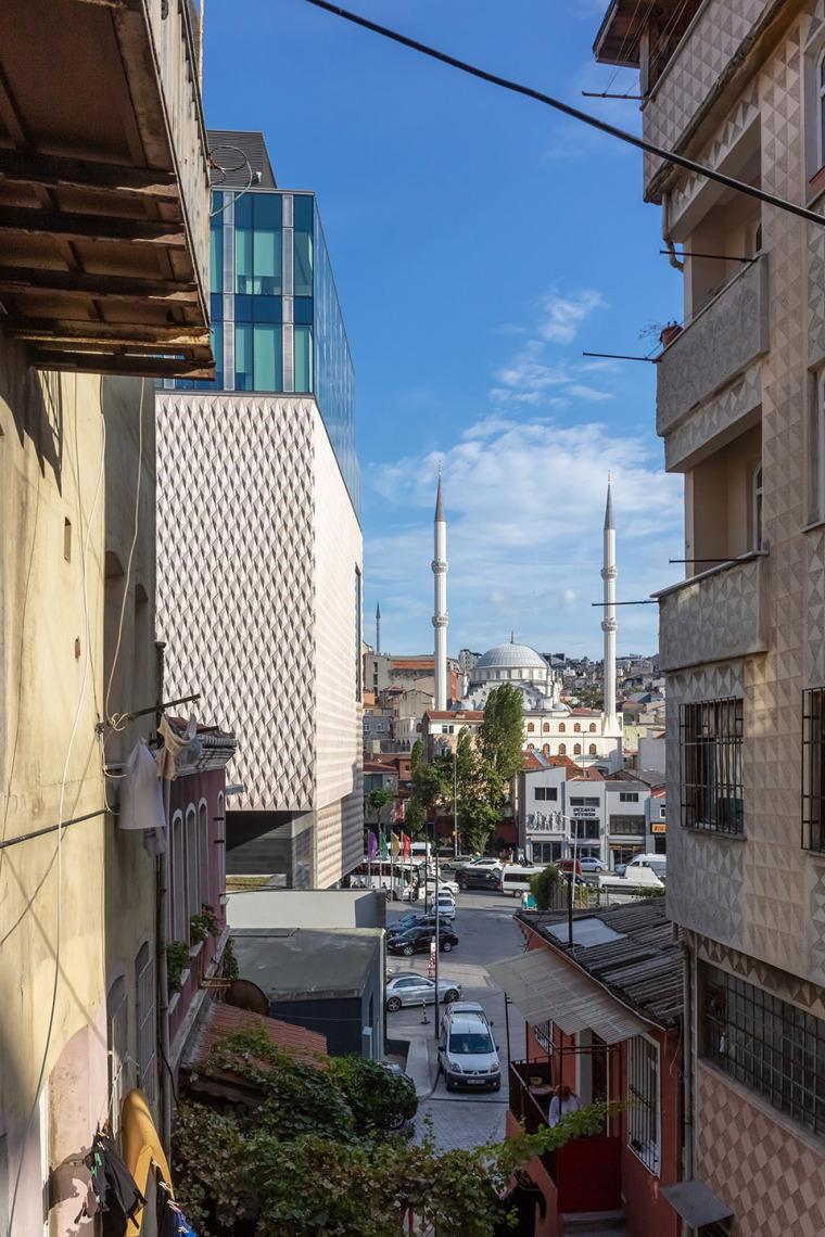 8-arter-contemporary-art-museum-by-grimshaw-architecture