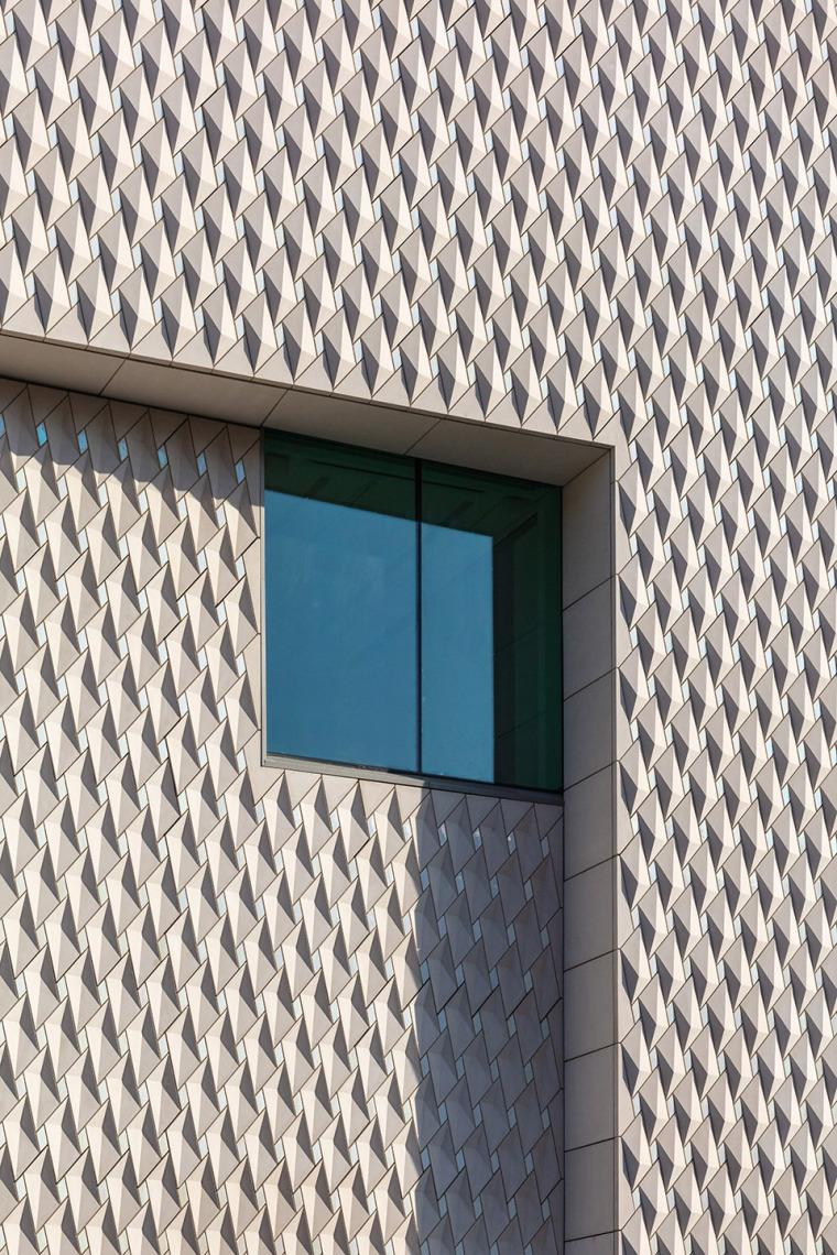 12-arter-contemporary-art-museum-by-grimshaw-architecture