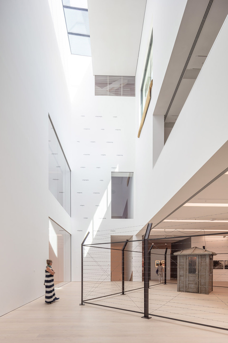13-arter-contemporary-art-museum-by-grimshaw-architecture