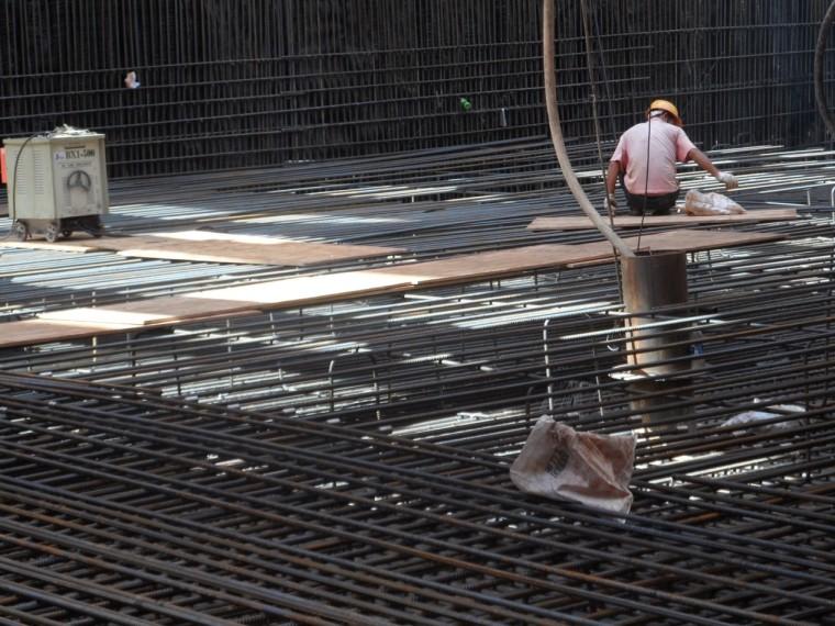 [深圳]地铁工程质量评价汇报材料-底板钢筋