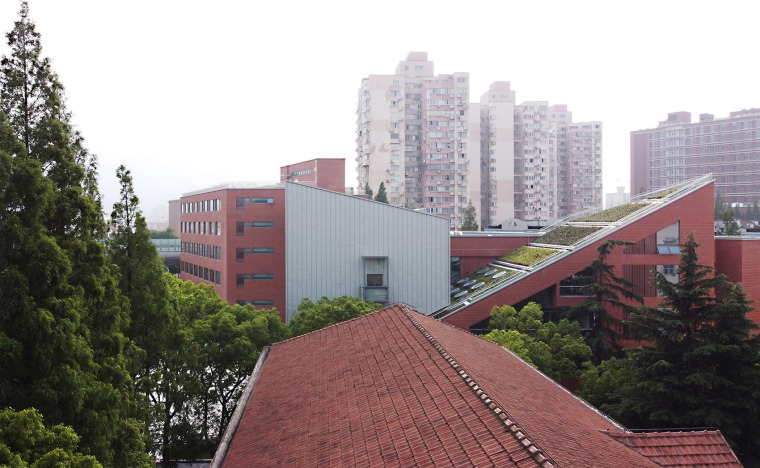 5-international-cooperative-education-building-of-university-of-shanghai-for-science-and-technology-china-by-le-architects