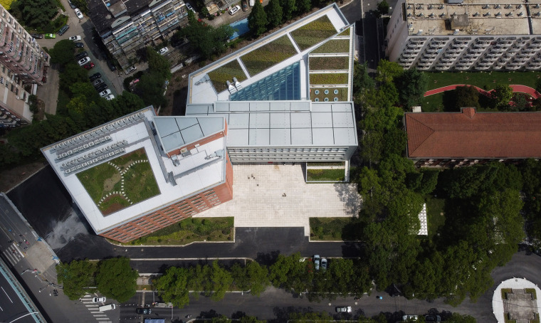 21-international-cooperative-education-building-of-university-of-shanghai-for-science-and-technology-china-by-le-architects