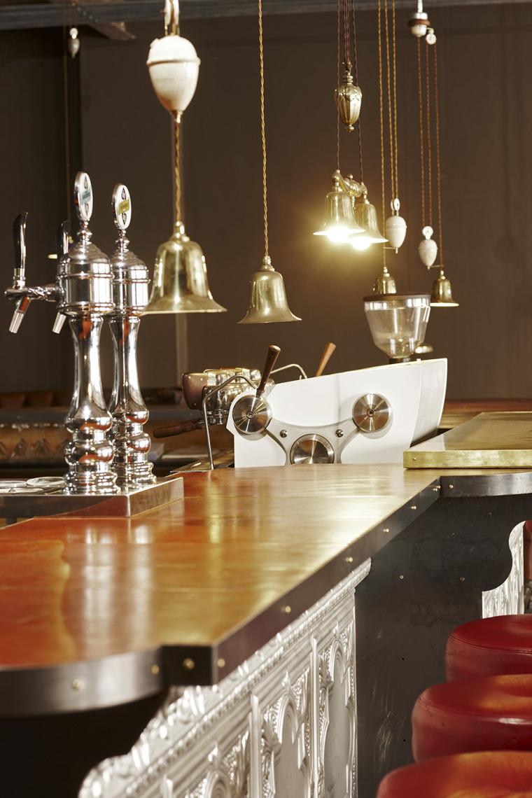 南非Truth咖啡馆和办公总部-002-truth-coffee-hq-interior-by-haldane-martin