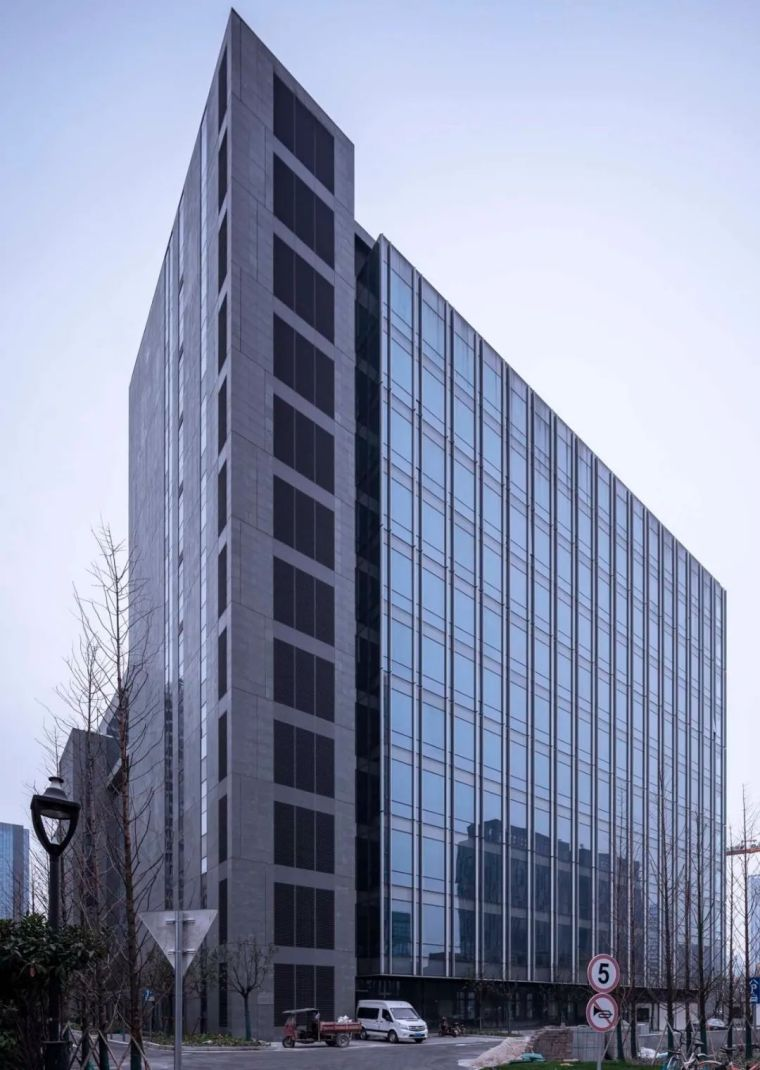 全球最大的路由器制造商(TP-LINK)办公建筑_5