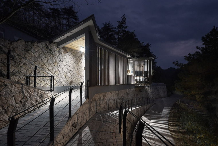 杭州大明山大明湖公共卫生间-47-The-Public-Toilet-of-Daming-Lake-in-Daming-Mountain-Hangzhou-by-MUFU-ARCHLAB