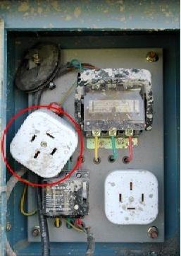 现场临电安全规范和常见隐患(图文结合)_39