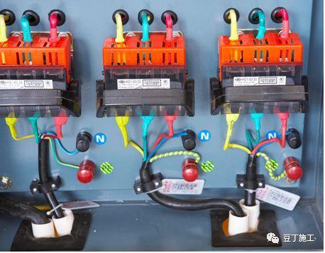 现场临电安全规范和常见隐患(图文结合)_64