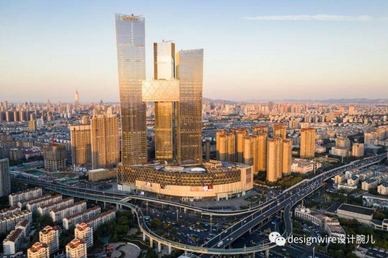 全球最高的三塔连体建筑_南京金鹰世界设计_3