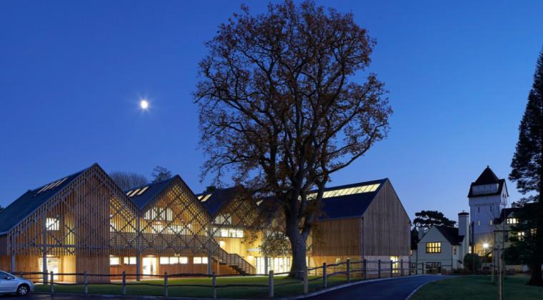 英国零碳办公楼落成,开启可持续设计新思路_10