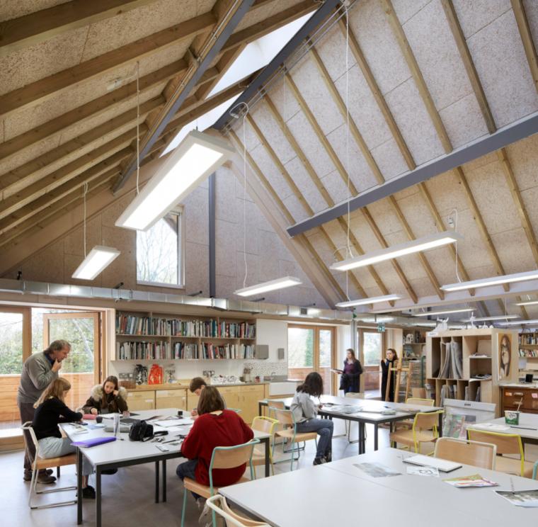 英国零碳办公楼落成,开启可持续设计新思路_12