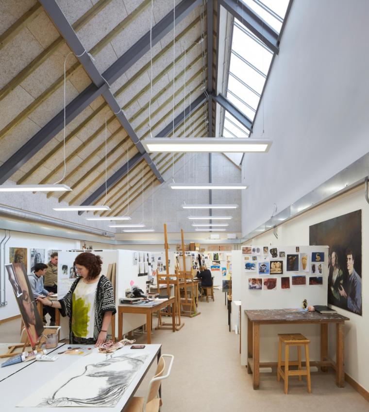英国零碳办公楼落成,开启可持续设计新思路_13