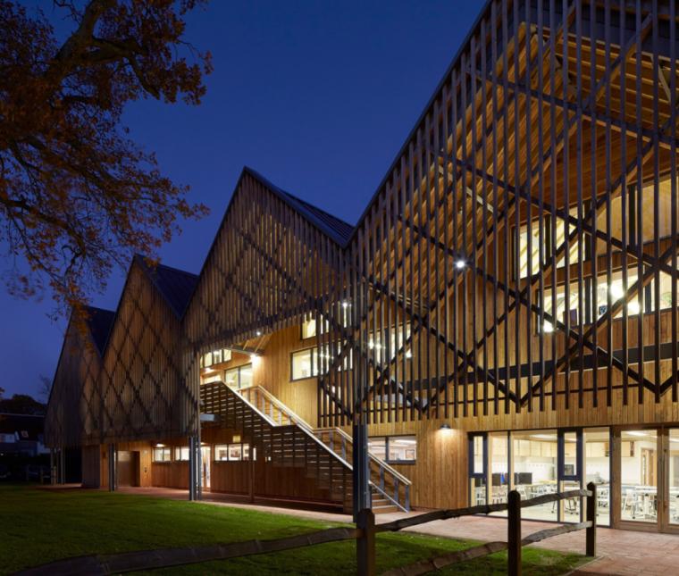 英国零碳办公楼落成,开启可持续设计新思路_16